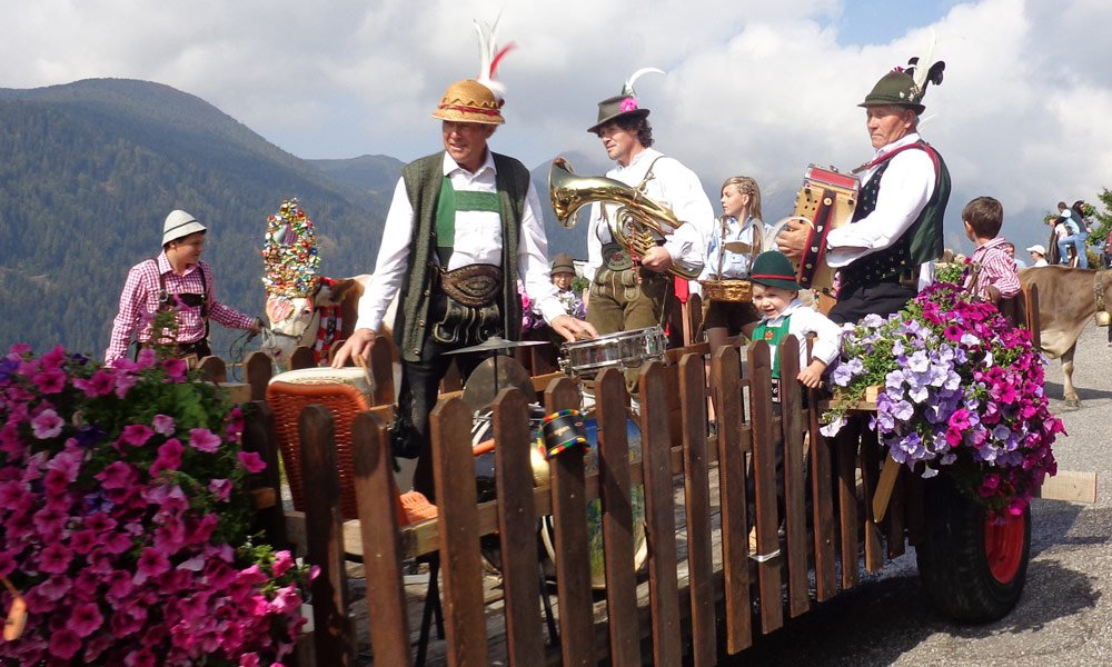 Traditions of a South Tyrolean autumn