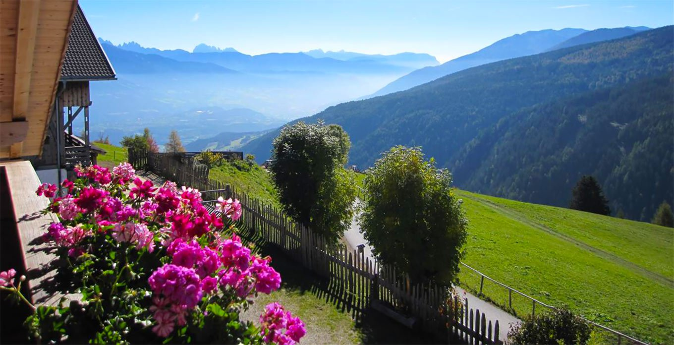 Farm holiday above the Pustertal valley